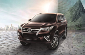 2016 Toyota Fortuner is a close cousin of Toyota Fortuner